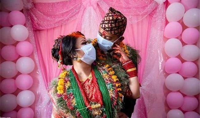 سالهای عشق و کرونا! / جشن های عروسی  کرونایی+ تصاویر