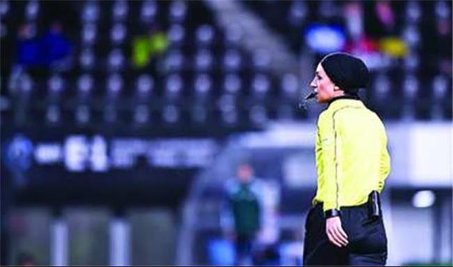 قرار گرفتن نام دو داور زن ایرانی  در فهرست داوران جام جهانی