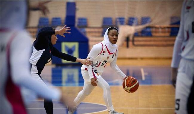 حضور  اولین زن آمریکایی در لیگ بسکتبال ایران + عکس