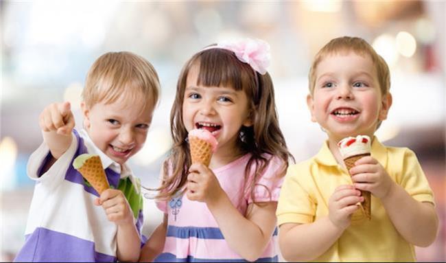 خوردن روزانه  چند بستنی برای کودکان مفید است؟