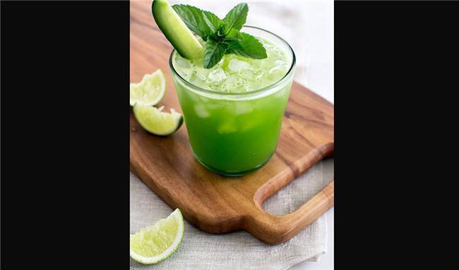 نوشیدنی جذاب تابستانی با موهیتو طالبی + طرز تهیه