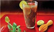 پنج نوشیدنی مفید برای رفع عطش